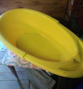 Ванночка для купания младенцев