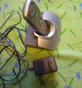 Телефонный аппарат с базой