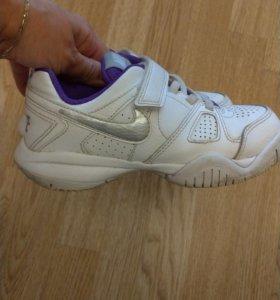 Кроссовки детские Nike, размер 31