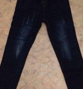 Продам новые утеплённые джинсы
