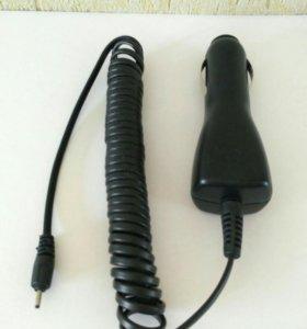 Автомобильная зарядка для телефонов Nokia