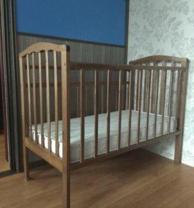 Детская кроватка (состояние отличное)