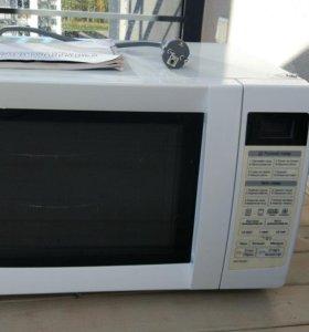 Микроволновая печь LG MC-7849H 28л