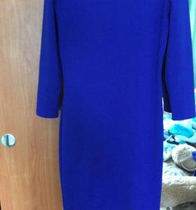 Платье размер 42,ткань плотная ,возможен торг