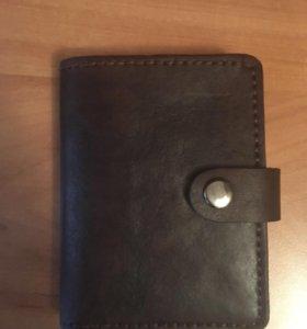 Бумажник ручной работы из кожи