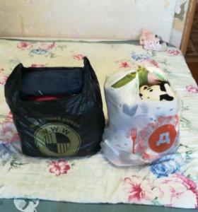 Вещи пакетом на девочку+пакет игрушек