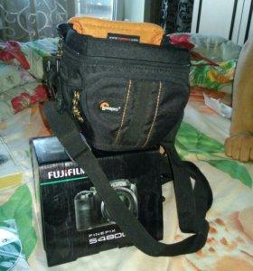Професиональный фотоаппарат