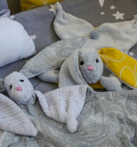Заяц-комфортер для малыша
