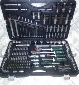 Большой набор инструментов на 215 пр