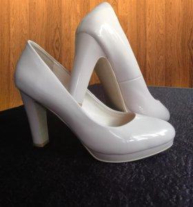 Туфли лаковые классика