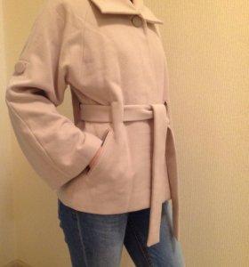 Пальто 42-44-46 размер