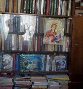 сервант, книжный шкаф
