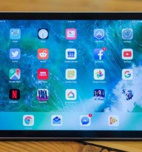 Apple iPad (2017) 32Gb Wi-Fi Space Gray (новый)