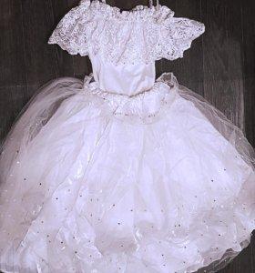 Блестящее праздничное платье