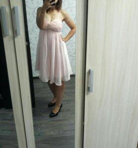 Нежное вечернее платье 40-42 р-р