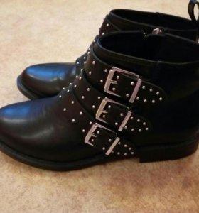 Ботинки новые для девочки