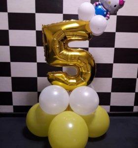 Фольгированная цифра на подставке из шаров