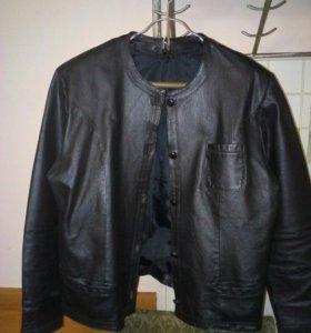 Куртка женская ,натуральная кожа,размер 48-50,б.у
