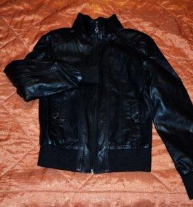 Женская кожаная куртка,натур.кожа