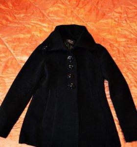 Пальто женское,фирменное