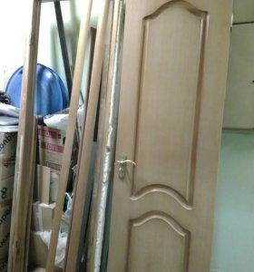 Двери б/у комплект.
