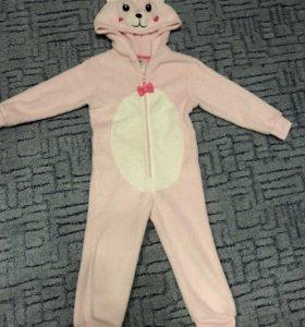 Фирменный костюм,пижамка 2-4 года