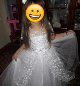 Продам платье на утренник