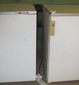 Две морозильные камеры Бирюса