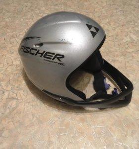 Шлем горнолыжный и балаклава