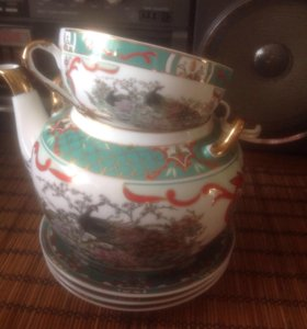 Чайник 1 литр 3 блюдца и чашка
