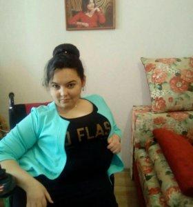 Помощница для девушки-инвалида/сиделка