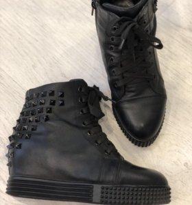 Ботинки б/у натур.кожа 36 р