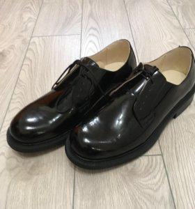 Туфли лакированные военные
