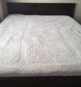 Кровать двуспальная IKEA 2.10*1.75