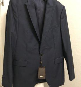 Новый мужской костюм cacharel