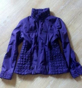 Курточка на стройную девушку.