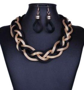 Ожерелье-косичка и серьги