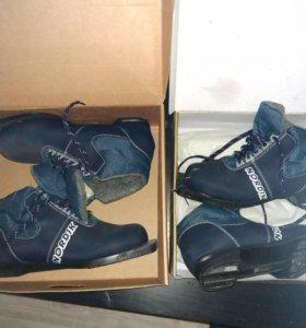 Ботинки лыжные новые 2 размера