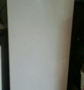 Продам холодильник бирюса в хорошем состояние