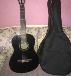 Классическая гитара Ямаха
