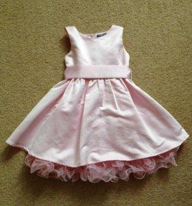 Платье Gulliver р-р 98-104.