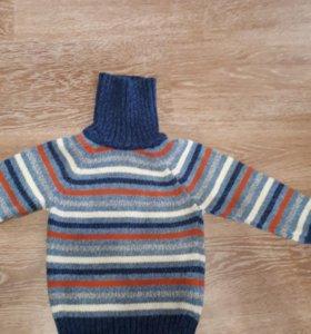 Плотный свитерок на 2-3 года