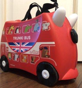 Trunki bus чемодан на колёсах