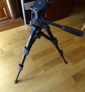 Штатив для фотоаппарата Velbon CX 460 mini