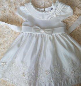 Платье праздничное новое на 1-2года