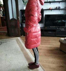 Девочки продам две куртки
