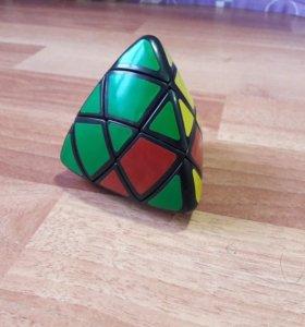 Кубик-рубик (треугольный)