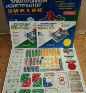 Электронный конструктор Знаток 999