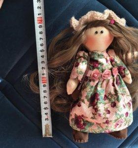 Кукла ручной работы (текстильная)