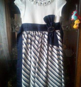 Платье 8 - 10 лет.